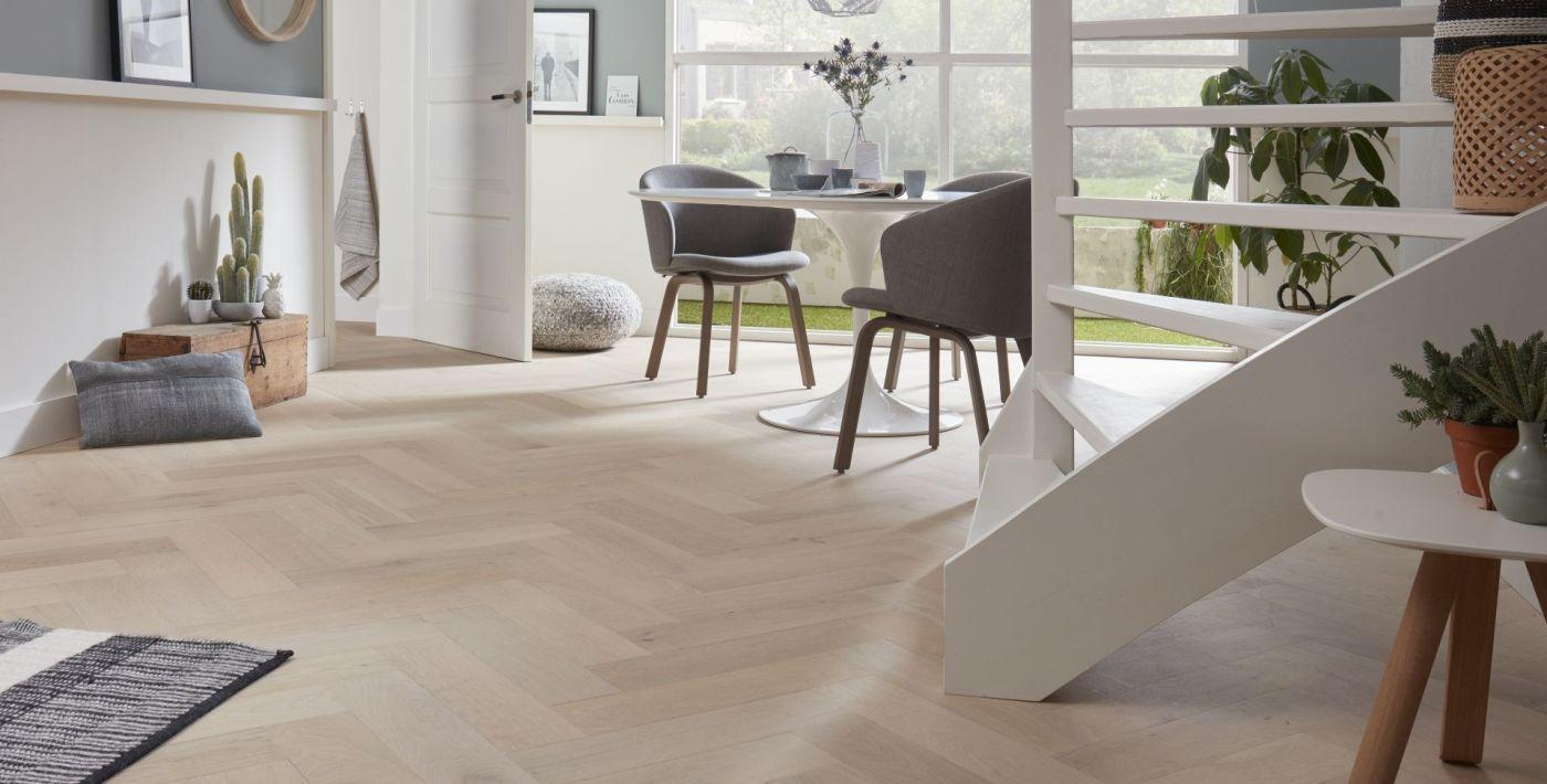 Eikenhouten Visgraat Vloer : Visgraatvloer met vloerverwarming kan dit